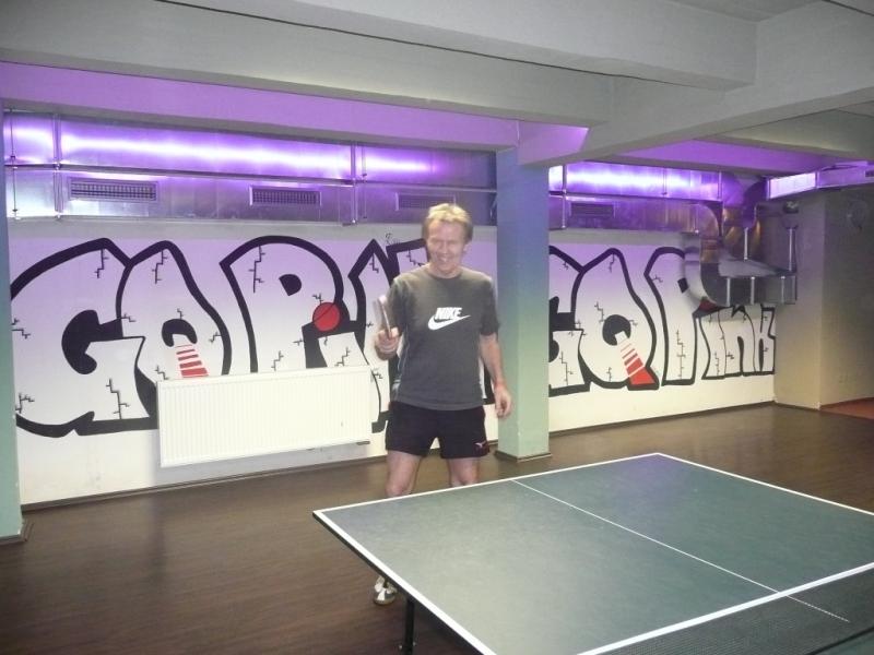 Ruda Krajč zaujal neuvěřitelnou technikou od podlahy!