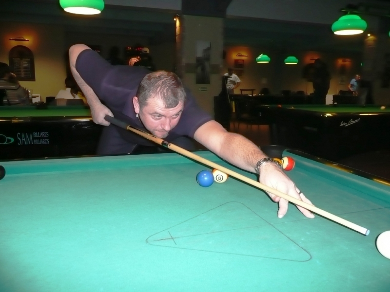 Standa Martínek v Harlequinu Praha 10, čerstvé výsledky kulečník, ping pong.