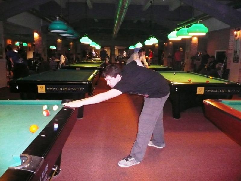 Martin Burda v Harlequinu Praha 10, čerstvé výsledky kulečník, ping pong.