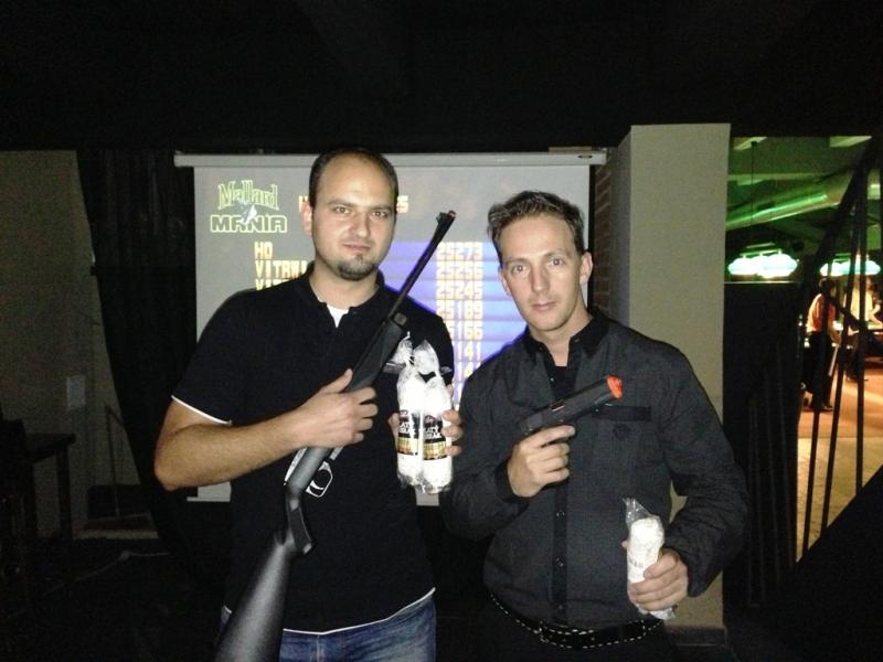 Michal Sjatkovský a Miro Dorobant - Mistrovství Prahy 10 v poolbilliardu 2013