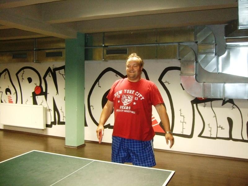 Vítěz Láďa Rosa                      kulečník - billiard - snooker - ping pong - stolní tenis - Praha 10 - Harlequin Praha - bowling - šipky - fotbálek - zábava - feremní večírky - svatby